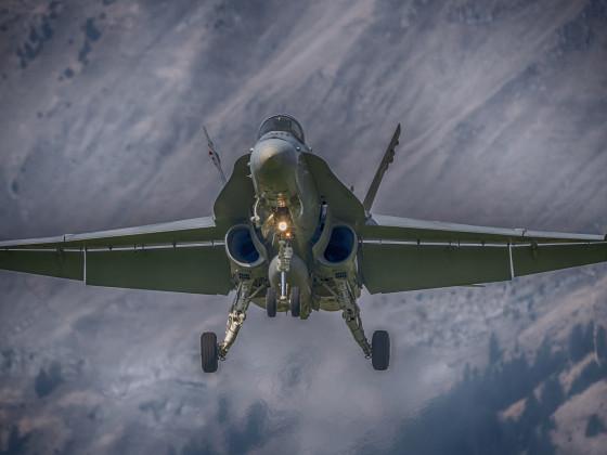 F/A-18 im Landeanflug auf Meiringen