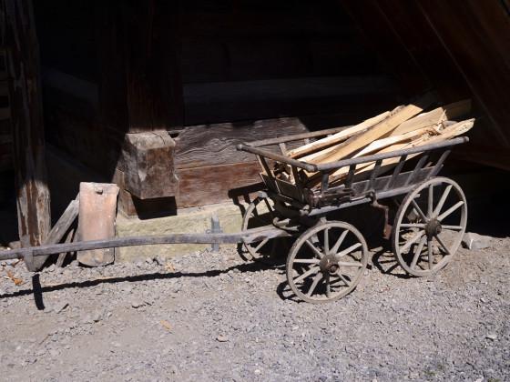 ein Leiterwagen