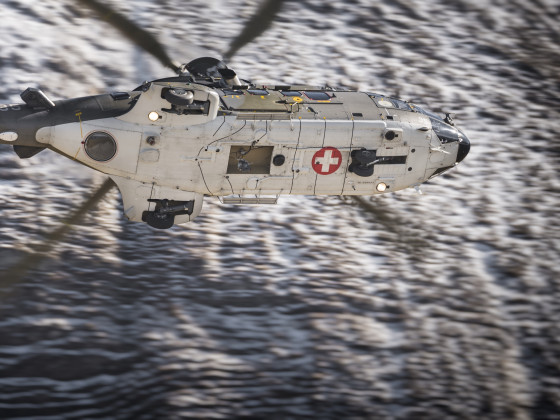 Fliegerschiessen Axalp 2017 Super Puma Detailaufnahme