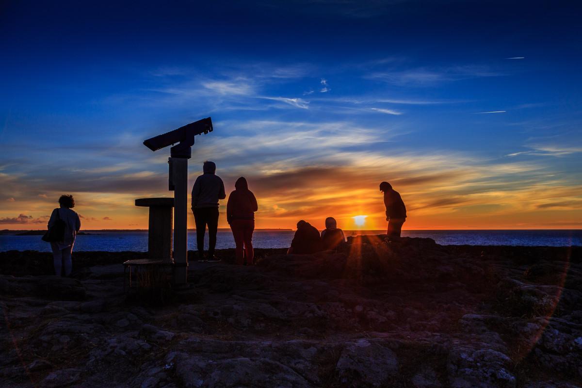 Kitschiger Sonnenuntergang in der Bretagne