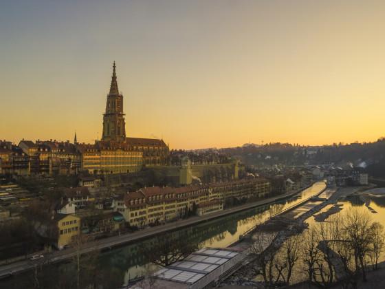 Goldener Morgen über Bern